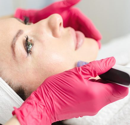 Micro-needling radio frequency treatment in sharjah